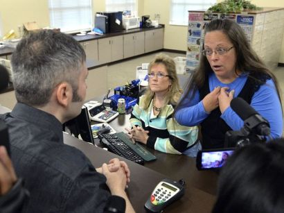 635767271720138593-AP-Gay-Marriage-Kentucky-KYT
