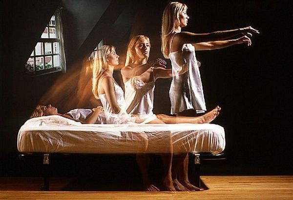 beware-of-the-sleepwalking-robbers07
